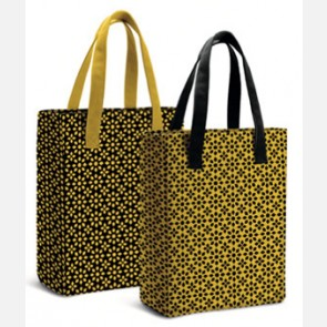 Amica (Agosto 2020) + Shopping Bags del set Icon