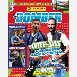 Numero Speciale con Campo da gioco e Card Trofeo Calciatori ...