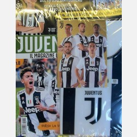 Juventus Magazine N. 8 + la casacca della Juve e 5 fotocard da collezione